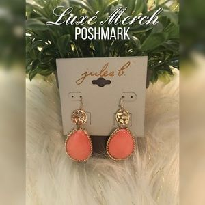 🦋Jules B Coral & Gold-Tone Oval Drop Earrings